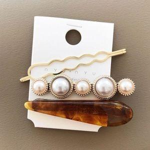 Just In! 🆕 ELANOR Marble & Pearl Hair Pin Set